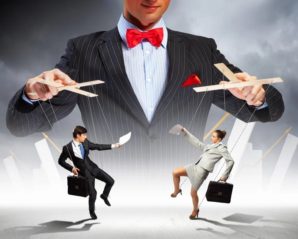 How to Control Your Salespeople's Results and Drive Excellence by Letting Go